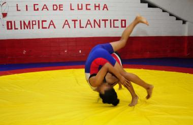 Instalaciones de la Liga de Lucha Olímpica del Atlántico en el estadio Metropolitano.