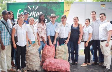 El minagricultura, Juan Guillermo Zuluaga; el presidente de ADR, Juan P. Díaz Granados; el gobernador de Bolívar, Dumek Turbay, y el secretario de Agricultura, Héctor Olaya, lideraron el evento.