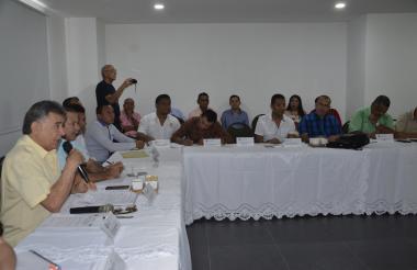 Aspecto de la reunión con Alcaldes de La Mojana.