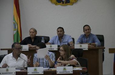 De izquierda a derecha, en la parte de arriba, los concejales Eugenio Díaz, Óscar David Galán y Carlos Rojano.