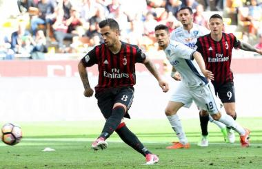 El delantero español del AC Milan, Suso,durante un partido del equipo italiano.