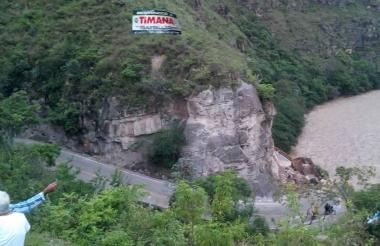 Vía que une los municipios de Altamira y Timaná.