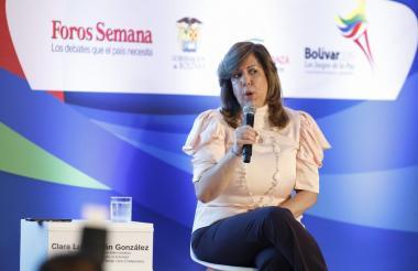 Clara Luz Roldán, directora de Coldeportes.