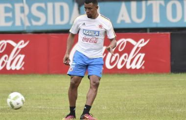 Farid Díaz, jugador que milita en el Olimpia de Paraguay.