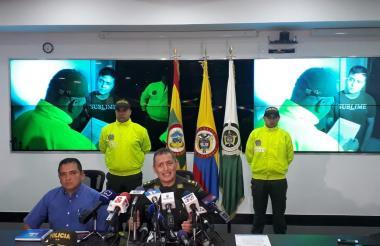 El general Mariano Botero Coy, en rueda de prensa.