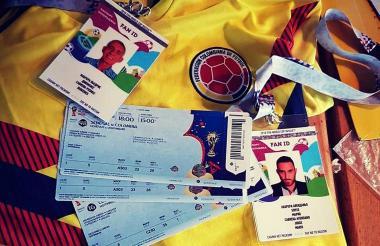 Las boletas y los tickets con los que Jorge y Diógenes disfrutarán del Mundial.