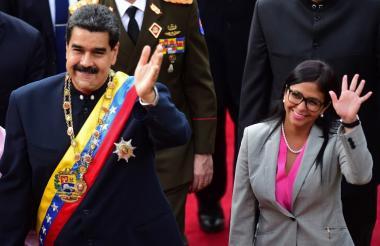 El presidente Maduro y su nueva vicepresidenta, Delsy Rodríguez.