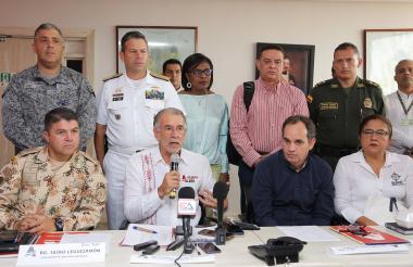 Rueda de prensa de las autoridades asistentes al Consejo de Seguimiento Electoral el día de ayer en la ciudad de Barranquilla.