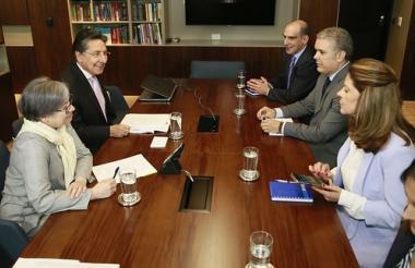 Reunión entre en Fiscal Néstor Humberto Martínez y el presidente electo Iván Duque.