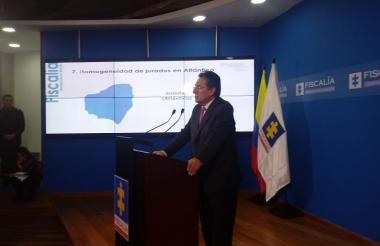 Néstor Humberto Martínez, fiscal general de la República, durante la rueda de prensa que ofreció la mañana del jueves en Bogotá.