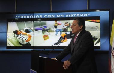 Néstor Humberto Martínez, fiscal general, durante la rueda de prensa del jueves.