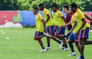 Los jugadores de la Selección Colombia en un entrenamiento en Kazán con miras al partido frente a Senegal.