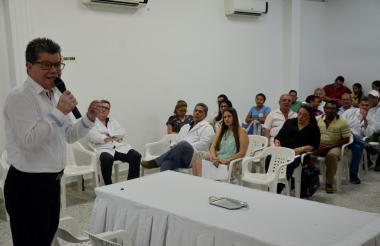El gerente del HUS, Jorge Ducuara Parales, durante la rendición de cuentas.