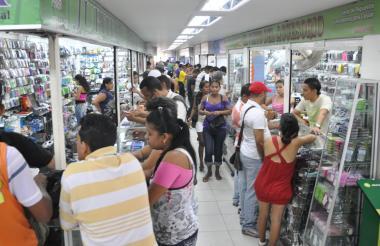 La visita de turistas e inversionistas extranjeros aumentará ventas de comerciantes.