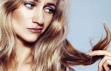 Un corte de cabello periódico es fundamental para mantener la salud de su cabello.