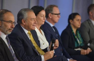Presentación del informe anual del Fondo Multidonante de las Naciones Unidas para el Posconflicto en cabeza del vicepresidente de la República, Óscar Naranjo y del copresidente del fondo, Martín Santiago.