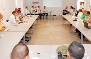 El comité fue presidido por el gobernador Verano.