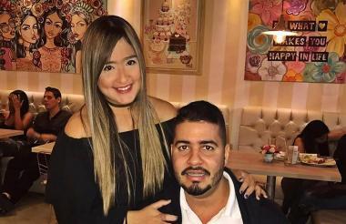 Daniella Ahumada Comas junto a Mateo Cabrera Urueta, señalado de agresión.