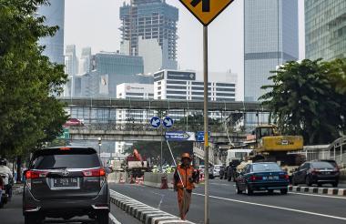 Aspecto de una calle en Jakarta, Indonesia.