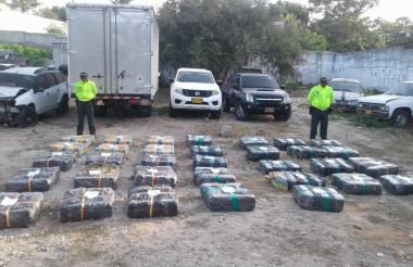 La droga fue hallada en un parqueadero del barrio El Tesoro, de Malambo.