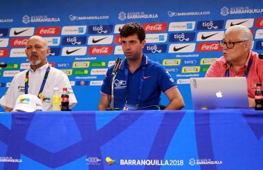De izquierda a derecha: Armando Segovia, Daniel Noguera y Humberto Cintrón.