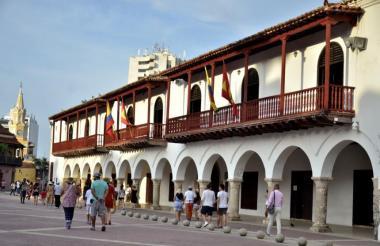 Fachada de la Alcaldía de Cartagena, en el Centro Histórico.