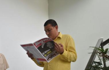 Francisco Palencia Borrero a la salida del Concejo de Barranquilla.