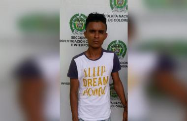 Eric Manuel Simanca Álvarez, de 24 años, fue detenido por la Policía en el barrio Olaya Herrera de la ciudad de Cartagena.