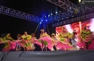 El Festival del Río ha sido todo un éxito en el Gran Malecón, escenario de muestras culturales y gastronómicas.