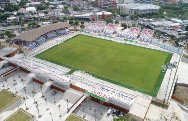 Panorama general del renovado Romelio Martínez. Seguramente habrá mucho público en sus tribunas para el juego Junior-Pasto.
