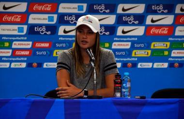 Gabriella Bolle durante la rueda prensa.