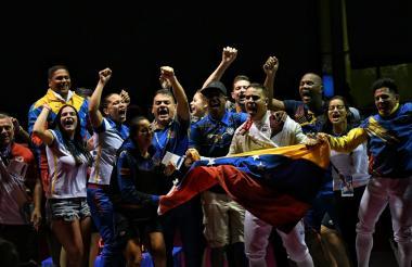 Los venezolanos celebran.