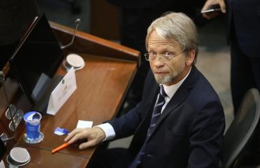 Antanas Mockus, Senador.