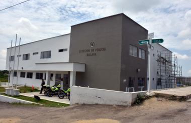 Sede de la Estación de Policía en Galapa, la cual delincuentes planean atacar.