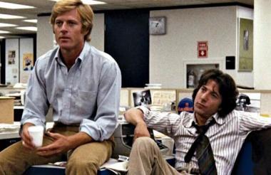 """Robert Redford junto a Dustfin Hoffman, otra leyenda del cine, en """"Todos los hombres del presidente""""."""