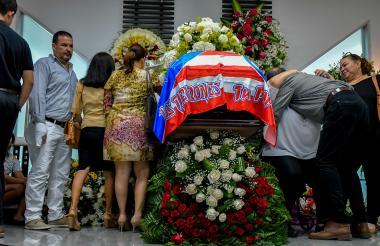 Momento del último adiós a Carlos De La Torre.