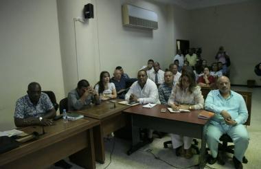 Los políticos procesados por la supuesta compra de votos en la diligencia de este miércoles.