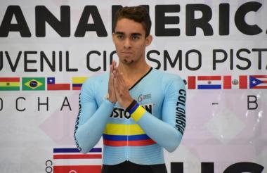 El barranquillero Cristian Ortega en el Panamericano juvenil de ciclismo pista.