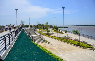 Proyectos como el Malecón del Río se ejecutaron en medio de la reestructuración.