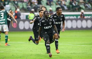 Yimmi Chará celebrando su único gol anotado con el Atlético Mineiro.
