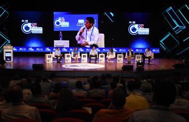 Panel de Entorno a la Competitividad Empresarial  en el Congreso de la Andi.