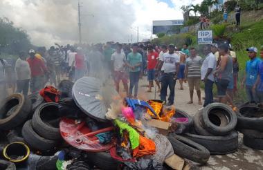 Pobladores de Pacaraima, en Brasil, desalojaron a la fuerza a venezolanos.