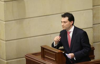 Carlos Felipe Córdoba, contralor electo.
