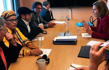 La Unión Europea, a través de su Alta Representante para la Política Exterior y Seguridad Común, Federica Mogherini, le indicó a un grupo de los máximos representantes de las Farc, a la cabeza de Rodrigo Londoño, alias Timochenko, que esa comunidad seguirá acompañando a Colombia en la consolidación de la paz.
