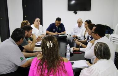 Reunión de ginecólogos con las secretarías de Salud distrital y departamental, la Defensoría del Pueblo y la gerencia de este centro hospitalario.