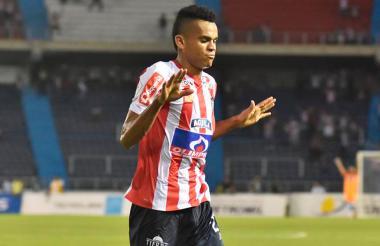 Luis Díaz celebrando su gol más reciente que se lo convirtió al Medellín.