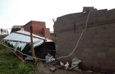 Casas destechadas en el municipio de Ovejas .