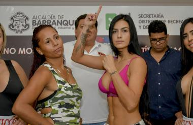 Jenifer Rodríguez y Mónica Henao en el pesaje.