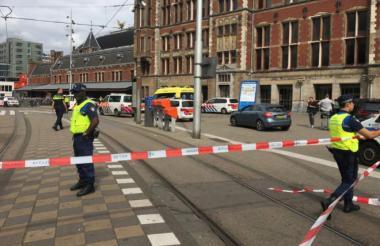 La Policía acordona la zona.