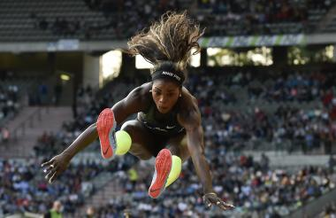 Caterine Ibargüen saltó mucho más que todas sus rivales y se quedó con la victoria.